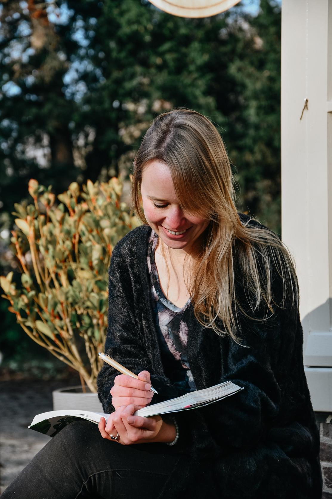 Dewi Tekstschrijver Den Haag